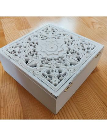Finnmari vit låda