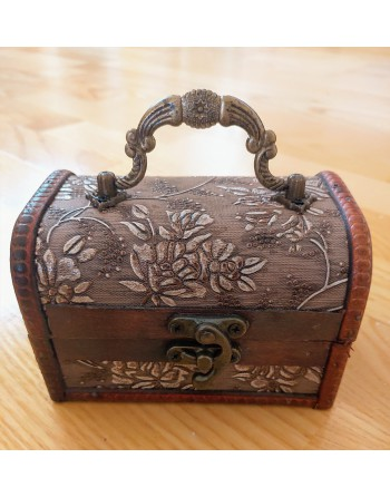 Wooden floral box leaves
